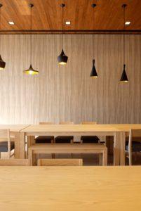 faux-plafond en bois